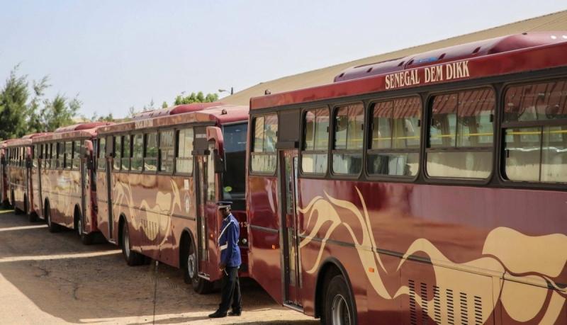 reception-475-bus-ddd-senegal-mackysall